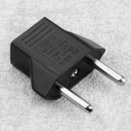 Reiseadapter/ Steckdosenadapter US-Buchse auf EU/Euro-Stecker
