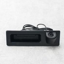 Auto Rückfahrkamera mit Distanzlinien in Griffleiste für BMW 3 (F30), 5 (F10/F11), X3 (F25)